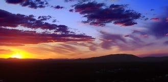 Fondo uguagliante drammatico del cielo sopra Nabiac Australia immagine stock libera da diritti