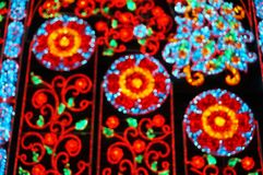 Fondo vago: Via decorata con le luci festive a Bangkok Fotografia Stock