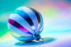 Fondo variopinto delle palle di Natale fotografie stock