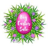 Fondo variopinto di grande vendita di Pasqua con l'uovo rosa, foglie verdi Fotografia Stock