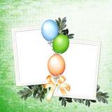 Fondo verde con los globos Imágenes de archivo libres de regalías
