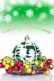 Fondo verde de la Navidad - tarjeta Imágenes de archivo libres de regalías