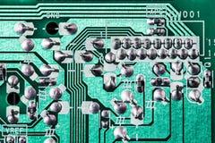 Fondo verde de la placa de circuito de la placa madre del ordenador imágenes de archivo libres de regalías