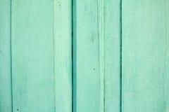 Fondo verde de madera de la puerta Imagen de archivo libre de regalías