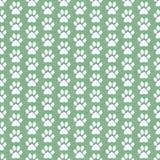 Fondo verde e bianco di Paw Prints Tile Pattern Repeat del cane Immagine Stock Libera da Diritti