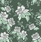 Fondo verde inconsútil con las flores grises Imágenes de archivo libres de regalías