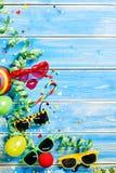 Fondo vertical del tema del partido en el revestimiento de madera azul Fotografía de archivo