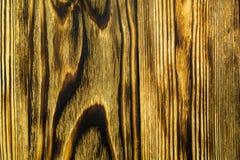 Fondo verticale di legno nell'ambito di vecchi periodi di colore marrone immagine stock libera da diritti