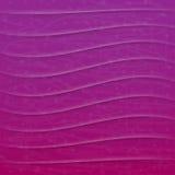 Fondo violeta del extracto del vector con las ondas Fotografía de archivo libre de regalías