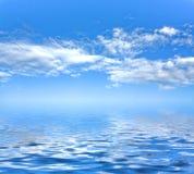 Fondo y mar del cielo Imagen de archivo libre de regalías