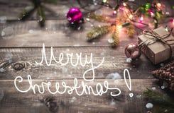 Fondo y nieve de la Navidad Fotos de archivo libres de regalías