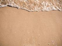 Fondo y onda hermosos de la arena del mar Backgr de la textura de la arena Foto de archivo