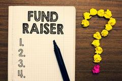 Fonds des textes d'écriture de Word - éleveur Concept d'affaires pour la personne dont le travail ou la tâche est aide financière photo libre de droits