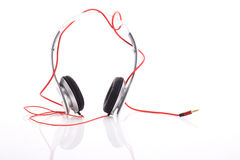 Fones de ouvido branco no fundo branco Foto de Stock