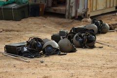 Fones de ouvido militares do capacete do transmissor de rádio Imagem de Stock