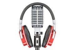 Fones de ouvido no microfone retro, rendição 3D Imagem de Stock