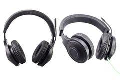 Fones de ouvido pretos com trajeto de grampeamento imagem de stock royalty free