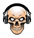 Fones de ouvido vestindo do crânio Imagem de Stock Royalty Free