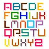 font Ζωηρόχρωμο αναδρομικό ψηφιακό διανυσματικό αλφάβητο εικονοκυττάρου ελεύθερη απεικόνιση δικαιώματος