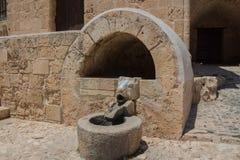 Fontain在Ayia Napa修道院里,塞浦路斯 图库摄影