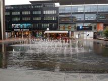 Fontain en el centro de Amstelveen Holanda Imágenes de archivo libres de regalías