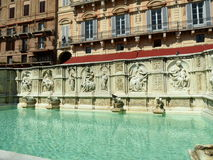 Fontain en Siena Imagen de archivo