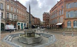 Fontain-Heiliges à ‰ tienne in Toulouse lizenzfreie stockfotografie