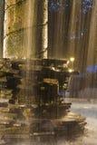 Fontaine étroite dans Ataco, Salvador photo libre de droits