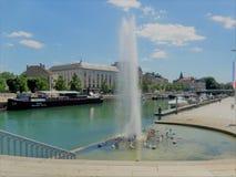 Fontaine zdjęcia stock