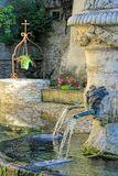 Fontaine antique en Provence Images stock