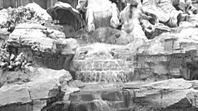 Fontaine archivistique de TREVI de Rome banque de vidéos