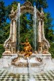 Fontaine aux jardins de palais de la La Granja de San Ildefons Photographie stock libre de droits