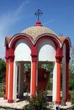 Fontaine avec de l'eau sanctifié Images stock