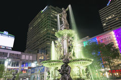 Fontaine carrée Photographie stock libre de droits