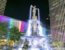 Fontaine carrée Images libres de droits