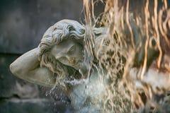 Fontaine d'Amenano sur Piazza del Duomo à Catane, Sicile, Italie image libre de droits