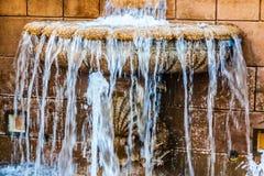 Fontaine d'eau de Plaza de Colon image libre de droits