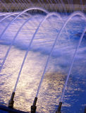 Fontaine d'eau de soirée Images libres de droits
