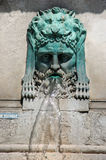 Fontaine dans Arles, France Images stock