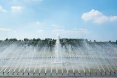 Fontaine dans des jardins de Herrenhausen, Hanovre, basse-saxe, allemande Photographie stock libre de droits