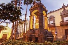 Fontaine dans la vieille ville du Las Palmas Photographie stock