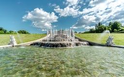 Fontaine dans le palais de belvédère photos libres de droits