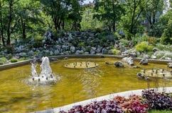 Fontaine de Garden de médecins petite à Sofia Photos stock