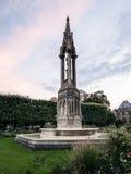 Fontaine de l'Archeveche στο ηλιοβασίλεμα, λόγοι της Notre Dame, Παρίσι Στοκ Εικόνες