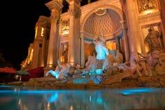 Fontaine de Las Vegas la nuit Image libre de droits