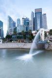 Fontaine de Merlion, le symbole de Singapour Photographie stock libre de droits