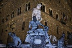 Fontaine de Neptune, Florence par nuit Photos stock