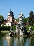 Fontaine de Pegasus avec la maison de l'eau photo stock
