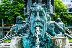 Fontaine de pilier d'histoire à Coblence Rhénanie-Palatinat photo stock