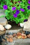 Fontaine de roche Image stock